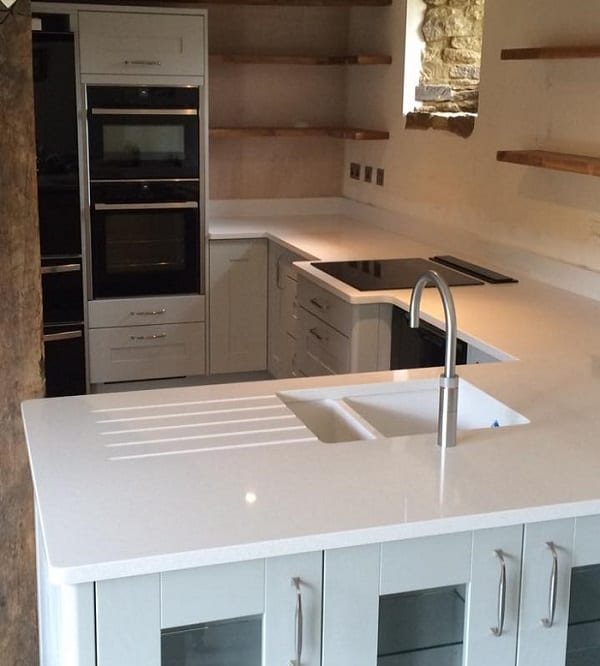 Maple Kitchen Worktops: Painted Oak Kitchen & Silestone Blanco Maple Worktops