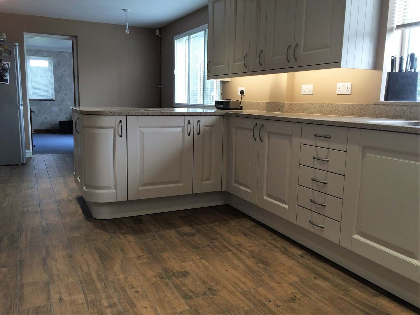 Taupe Painted Wood Kitchen Amp Silestone Beige Daphne